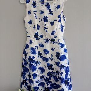 NWOT Jacqui E blue floral dress sz 8